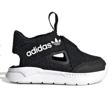 מאיזה גיל תינוקות יכולים לנעול נעליים?